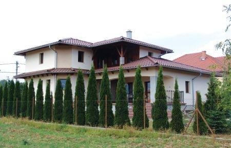Mediterrán tető hajlásszöge